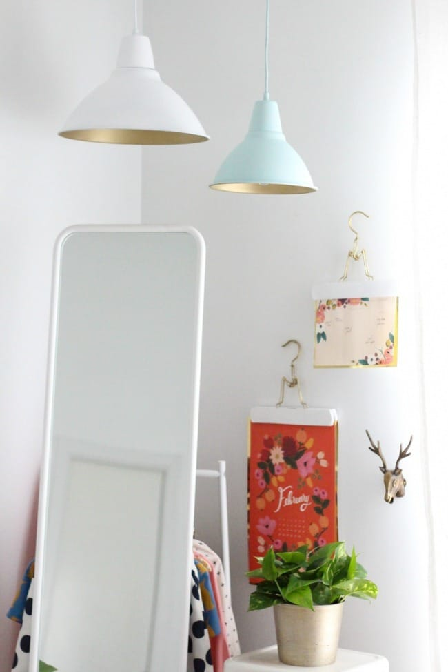Ikea-Hack-Gold-Spray-Paint-FOTO-Pendant-lamp-