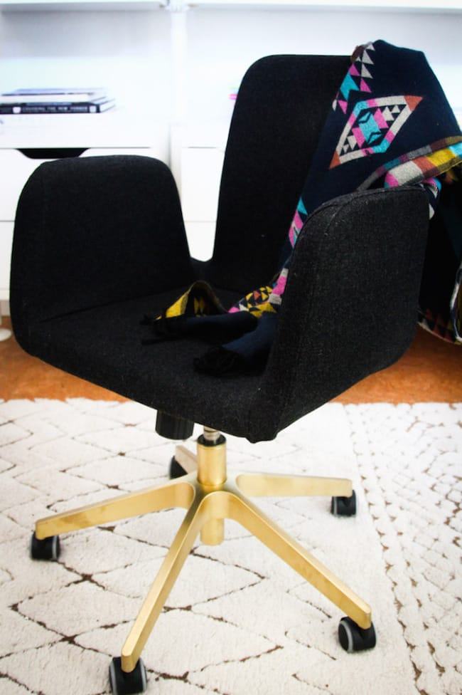 Ikea-Hack-Gold-Spray-Paint-PATRIK-Swivel-chair-682x1024