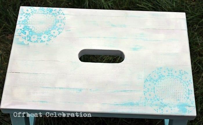 Chalk-Paint-11-