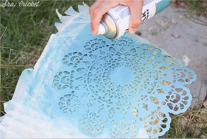 pintar un cesto con pintura en spray