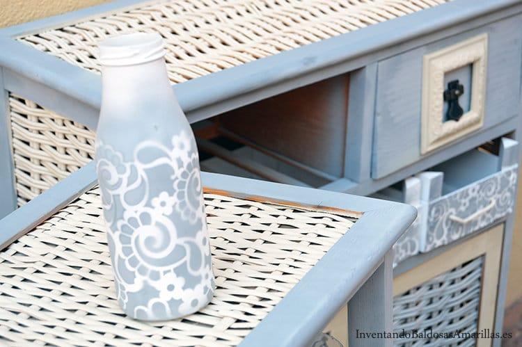 Antes y despu s de un mueble con spray bricolaje for Pintar muebles con spray