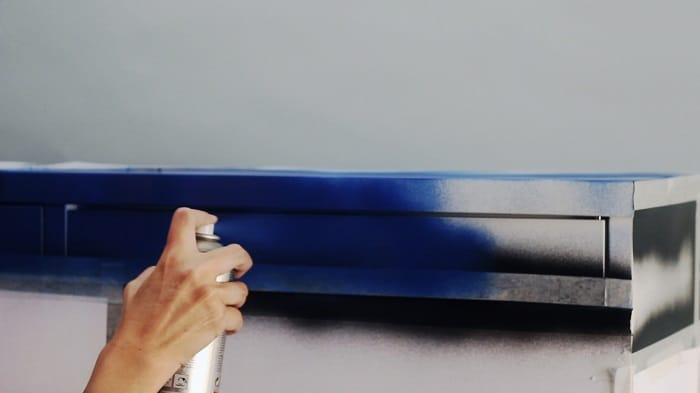 Inspiraci n mondrian para pintar un mueble de ikea for Mueble 4 huecos ikea