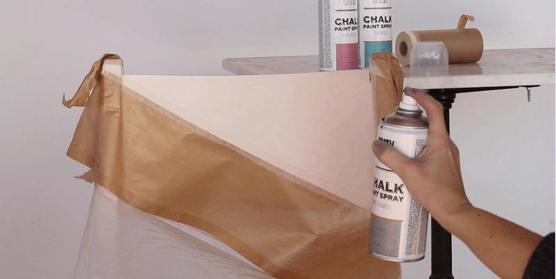 Pintar una silla de ikea con chalk paint spray shakingcolors for Pintar mueble ikea chalk paint