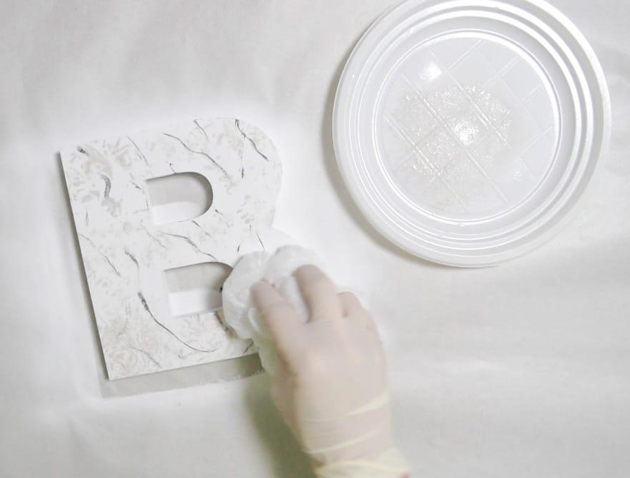 letra-marmol-paso3-plastico-letra
