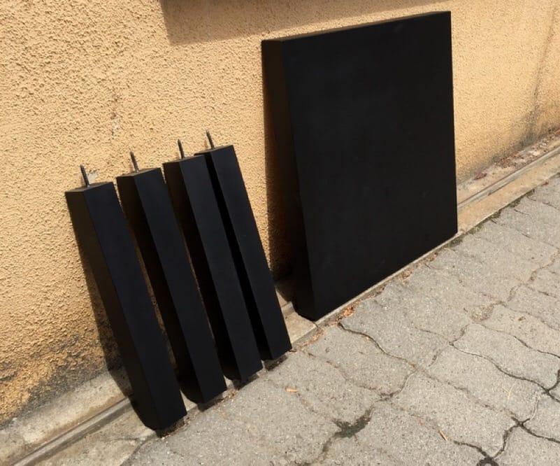 Renovar una mesa de Ikea con pintura pizarra en spray