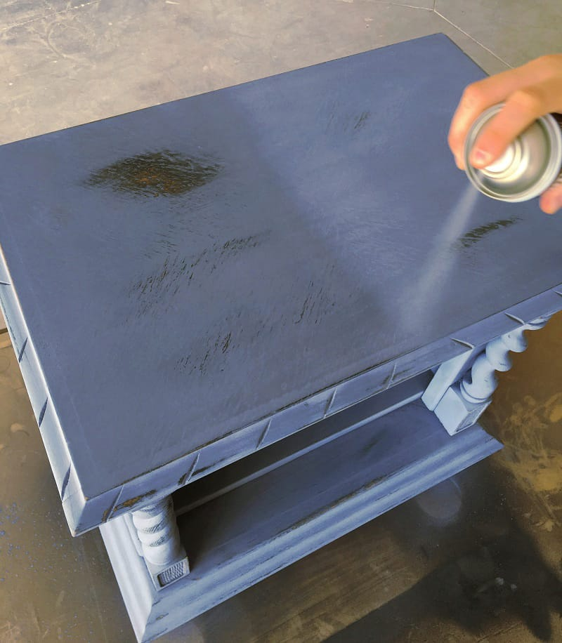 barnizar-sobre-chalk-paint-pintyplus