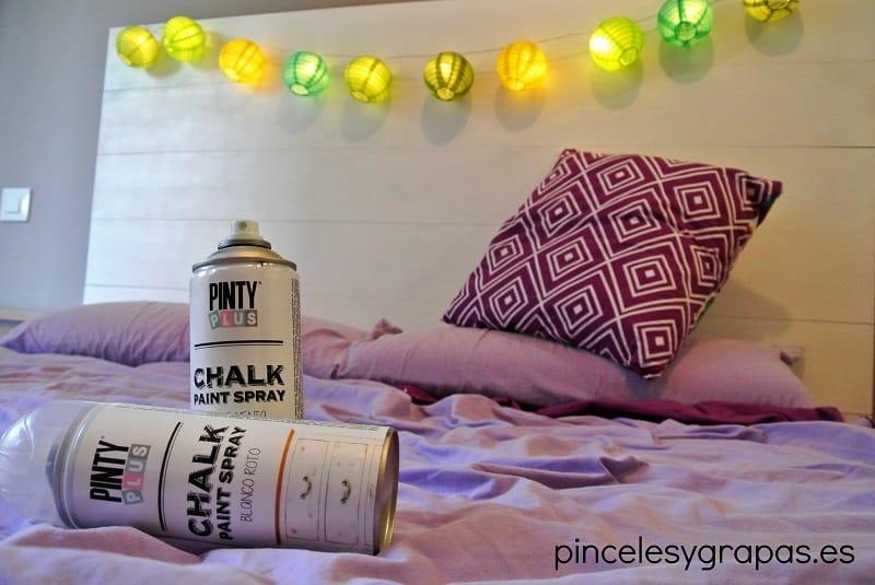 pintar con chalk paint spray Pintyplus cabecero blanco roto