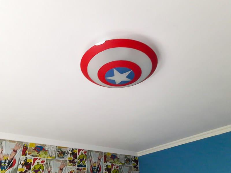 diy-captain-america-with-paint-spray-pintyplus
