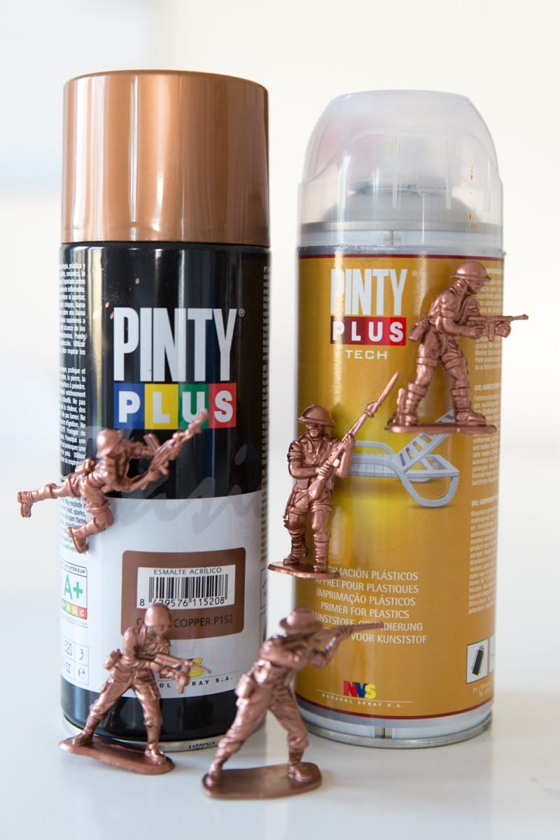 DIY soldados de cobre pintyplus spray