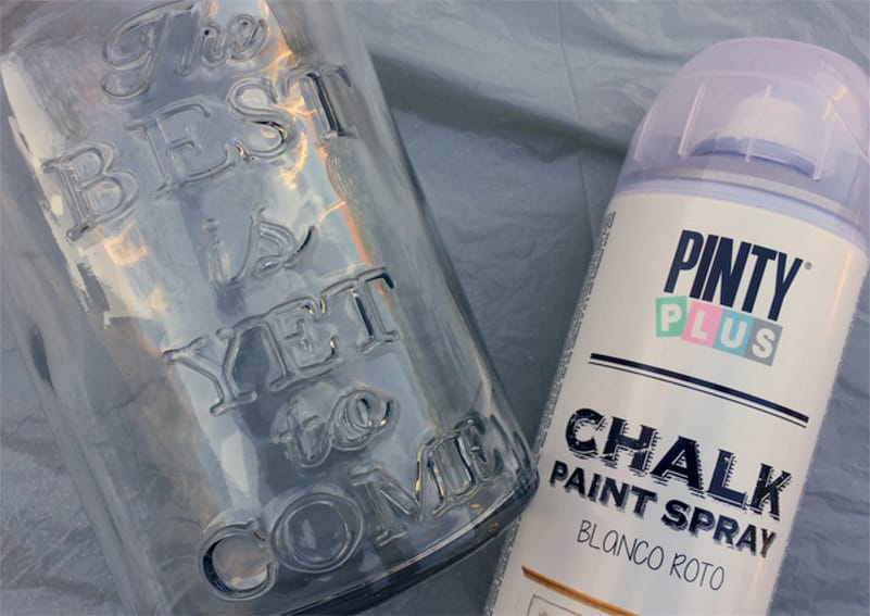 pintar-una-botella-de-vidrio-con-chalk-paint
