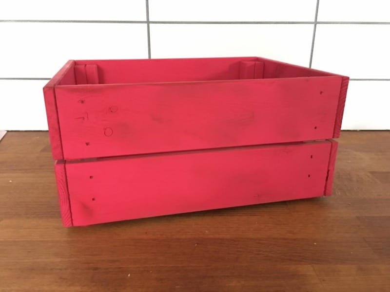 DIY caja decorada con pintura en spray Red Velvet Pintyplus