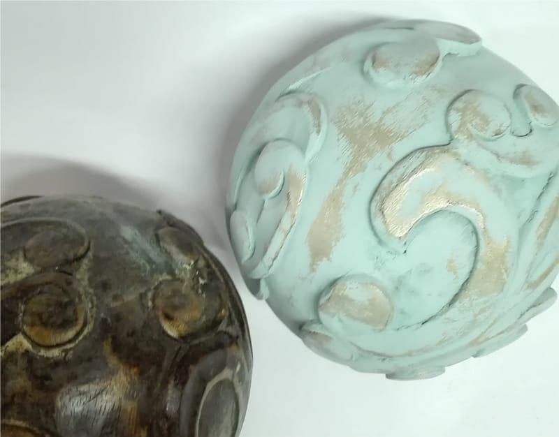 decoración vintage para unas bolas de madera
