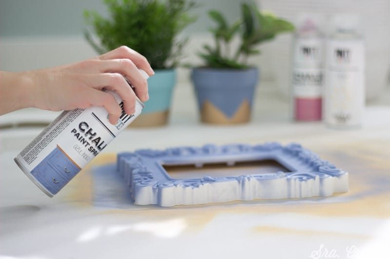 pintar marcos con chalk paint en spray Pintyplus
