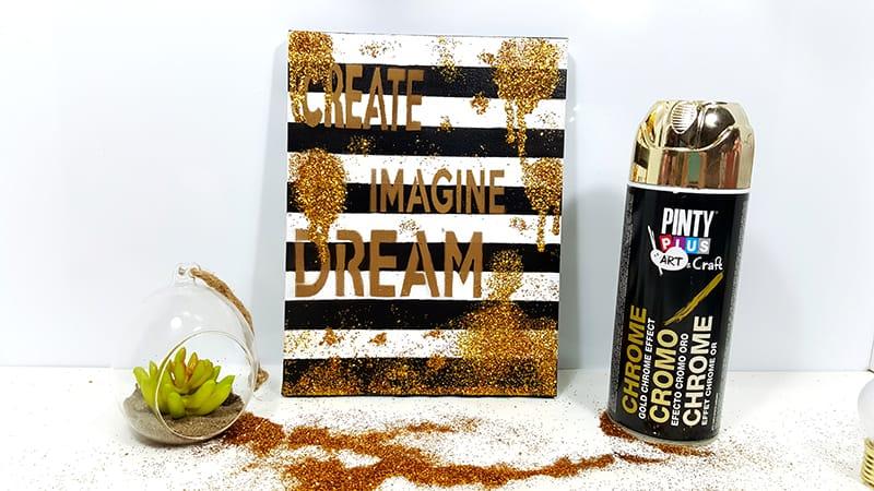 Mensaje sobre un lienzo con pintura en spray Pintyplus