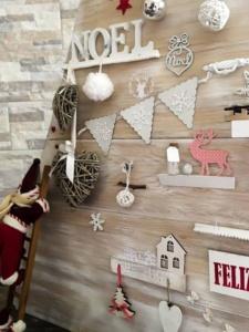árbol de Navidad vintage con pintura en spray