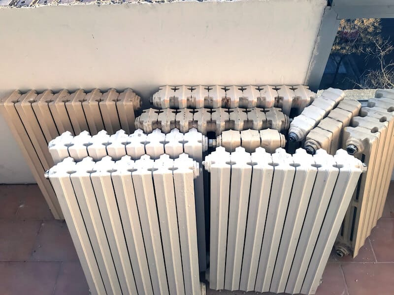 renovar radiadores con pintura en spray