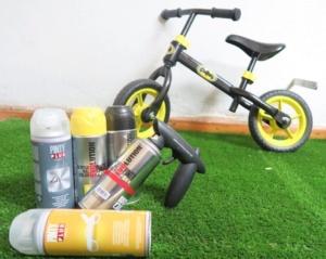 pintar una bici Batman con pintura en spray