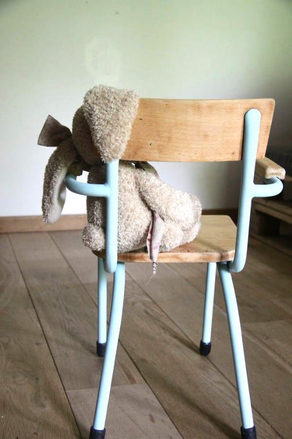 Restaurar una silla de pupitre