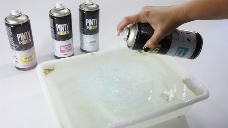 Pulverizar pintura en spray