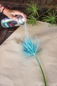 Pulverizar con el spray en cada tallo del color PintyPlus