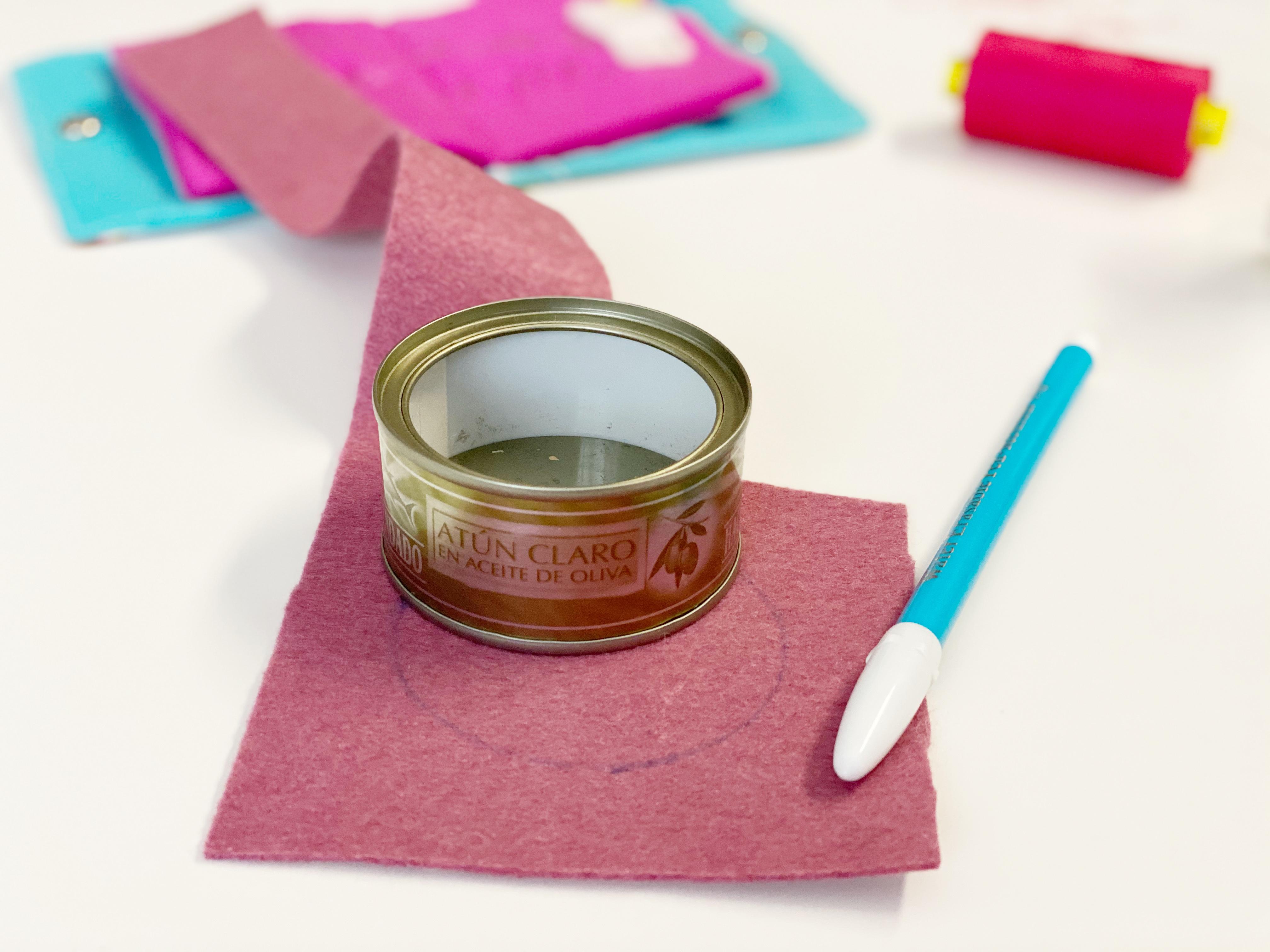 base alfiletero casero y pintura en spray pintyplus