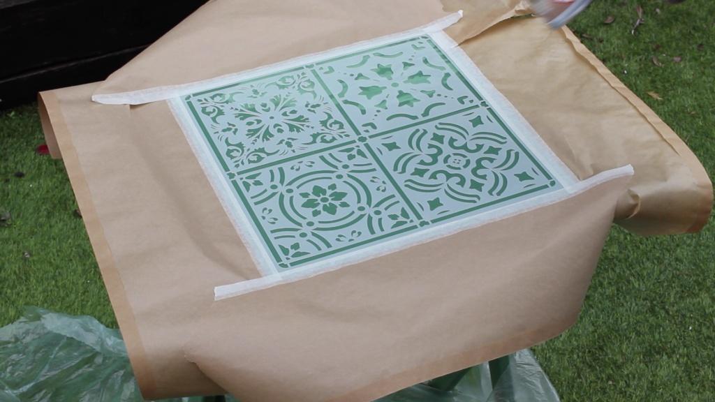 dibujos de plantillas stencil Pintyplus para darle estilo a la mesa