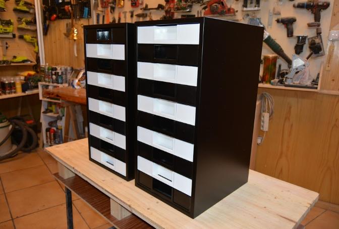 archivador de oficina pintado con spray de pintura Pintyplus Evolution