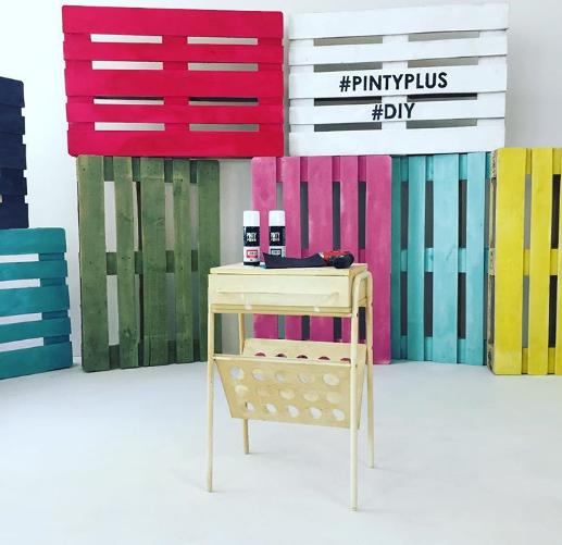 Ideas decorativas con palets y aerosol de pintura Pintyplus HOME