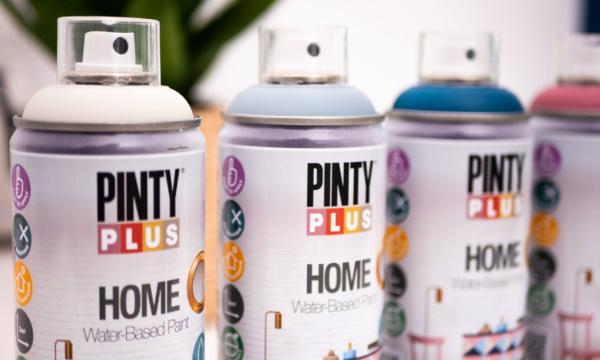 Pinturas en spray recomendadas para pintar dentro de casa