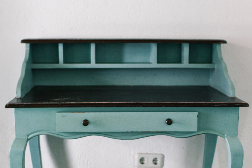 restaura muebles antiguos para tu casa con pintura pintyplus
